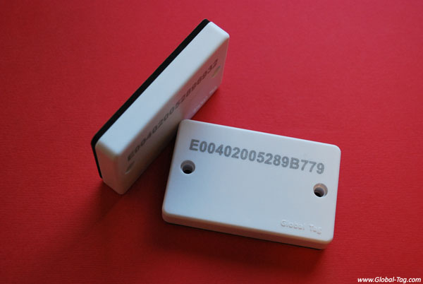 Tag RFID on-metal