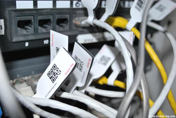 Tag RFID NFC cavi elettrici fibre ottiche