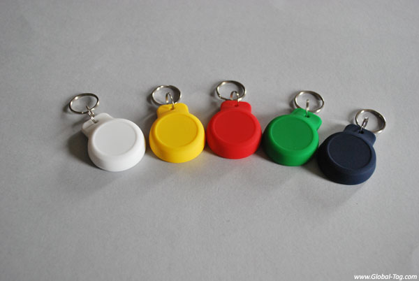 BLE KEYFOB BEACONY - The BLE Keychain with sensors